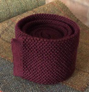 Bespoke knitted tie